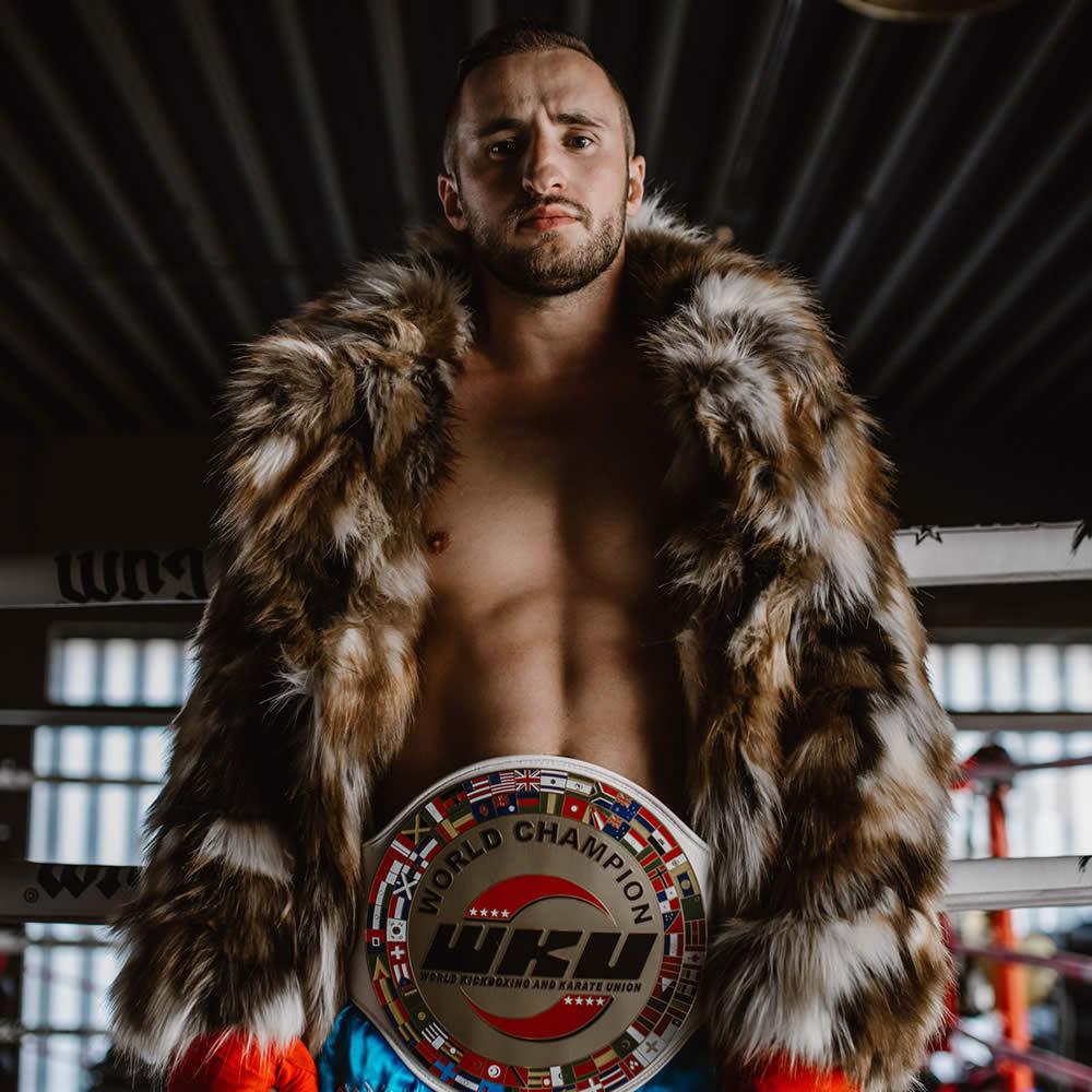 Dardan Morina - Professioneller kickboxer